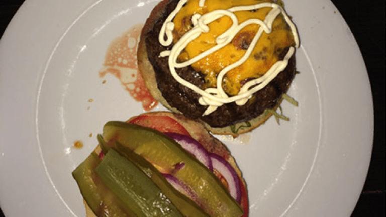 A cheeseburger at the Zuni