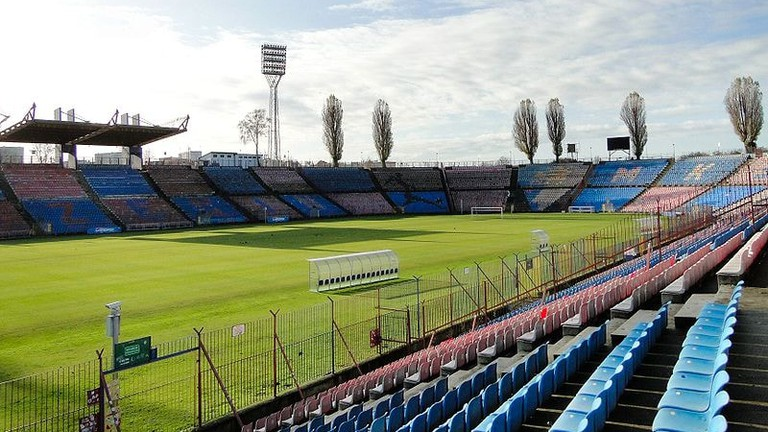 800px-Szczecin_stadion_przy_ul_Twardowskiego