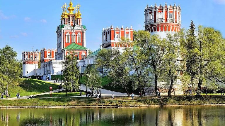 Сквер_и_парк_у_Новодевичьего_монастыря