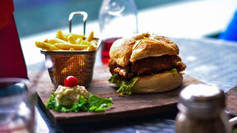 beer-burger-gastropub-Santa-Monica