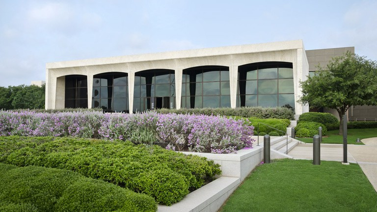 Amon Carter Museum of American Art showcases American art throughout the centuries