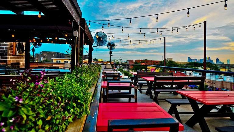 HG Sply Dallas rooftop patio