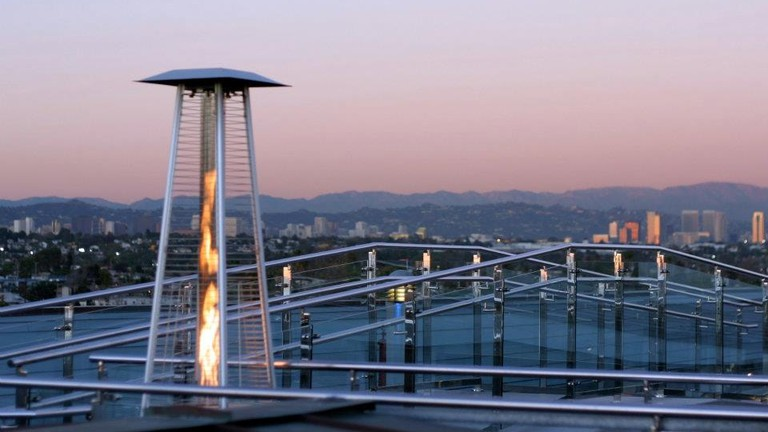 High Rooftop Lounge | Courtesy of Hotel Erwin