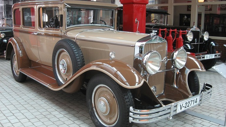 horch-867246_960_720