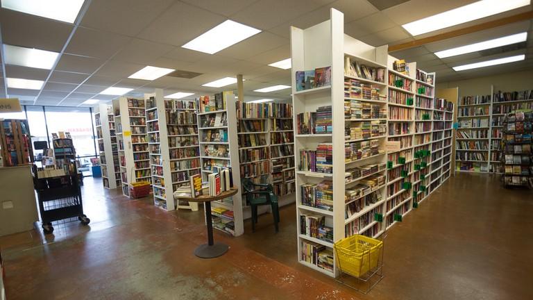 J Crawfords Books