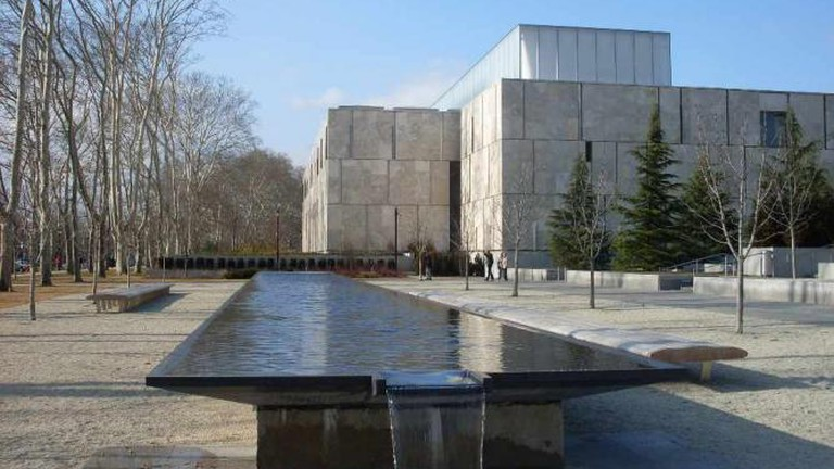 There's much to see at the Barnes Foundation