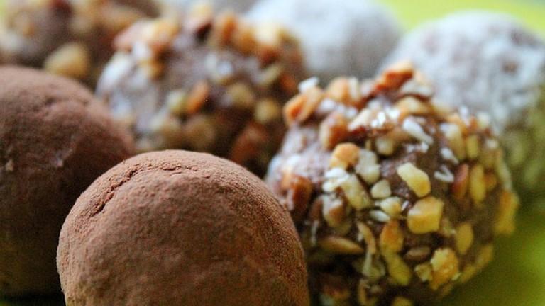 Raw Vegan Coconut & Almond Truffles