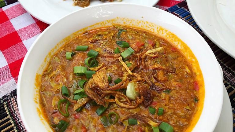 Tamarind-Leaf-Curry-The-Moon-Restaurant