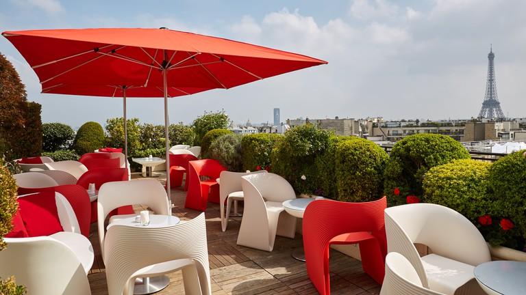 Terrasse Champagne Bar | © Hotel Raphael Paris
