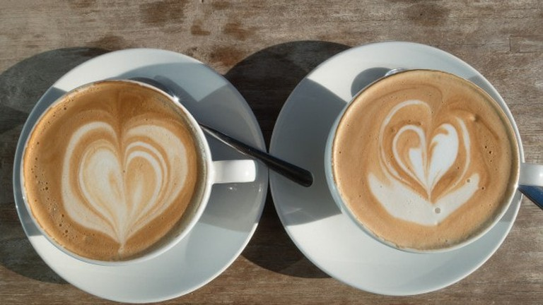 two-coffees-with-cream-love-hearts--stux-650x433
