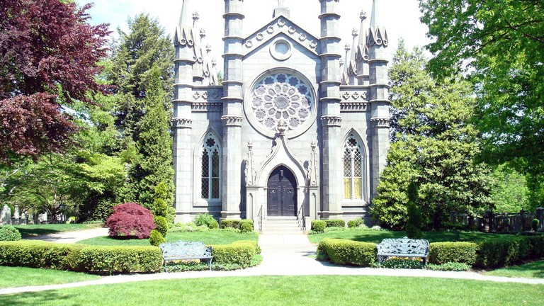 cambridge sightseeing mount auburn cemetery