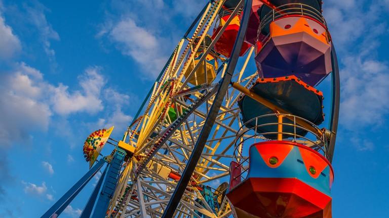 ferris_wheel_luxembourg_fun_fair