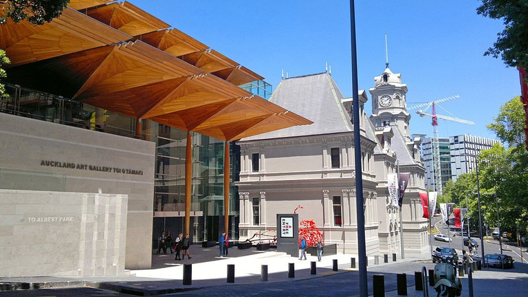 1024px-Auckland_Art_Gallery_-_Kitchener_Street