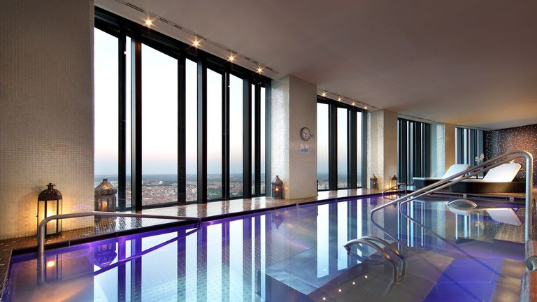 The 8 most luxurious hotels in madrid - Luxury hotels in madrid with swimming pool ...