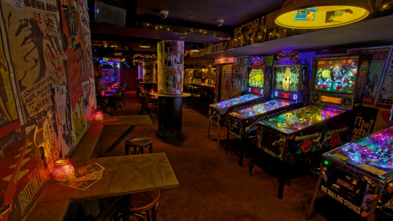 Pinball machines at Frankie's © Frankie's
