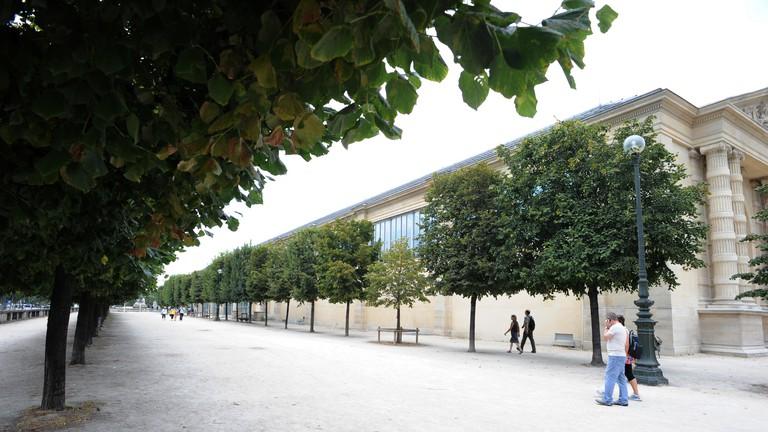 The Musée de l'Orangerie features Monet's 'Les Nymphéas'('Water Lilies') paintings