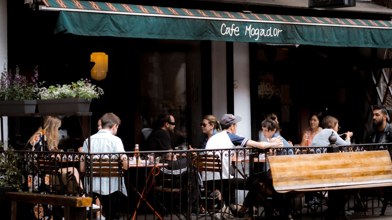 Cafe Mogador, Brooklyn, New York, USA.