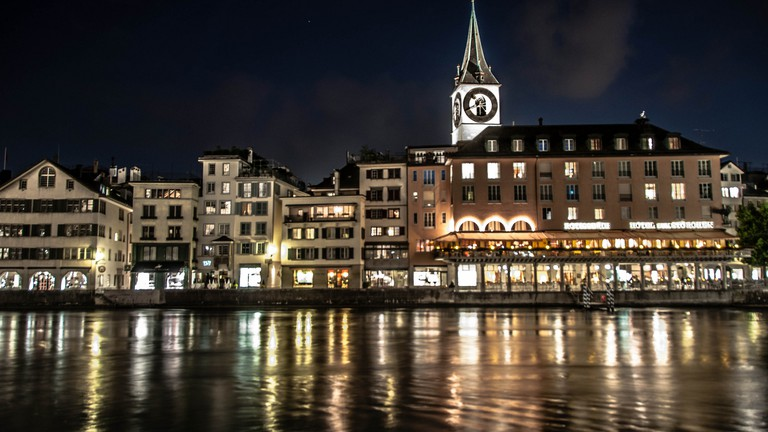 Zurich by night ©Kamil Porembiński