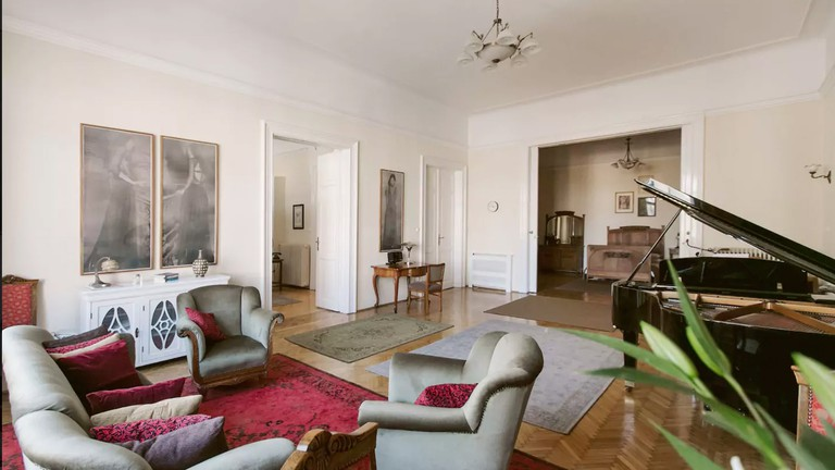 9 Best Places to Stay on Airbnb in Budapest's District VII