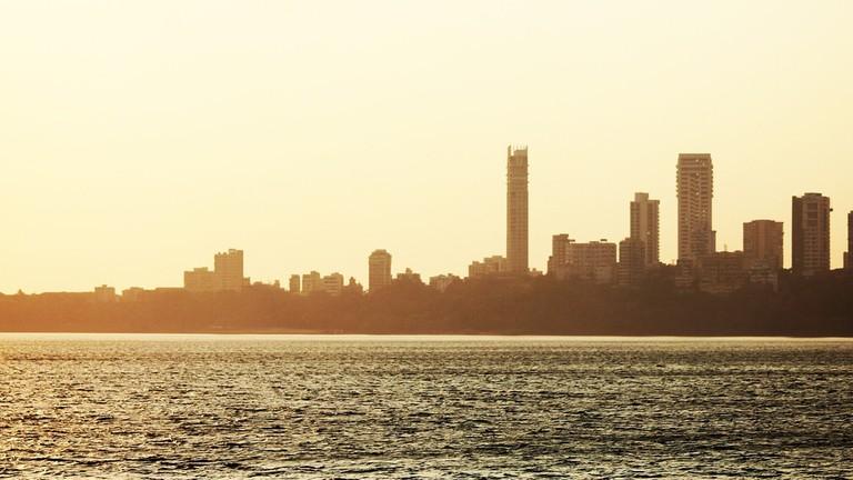 Top 10 Restaurants To Visit In Mumbai