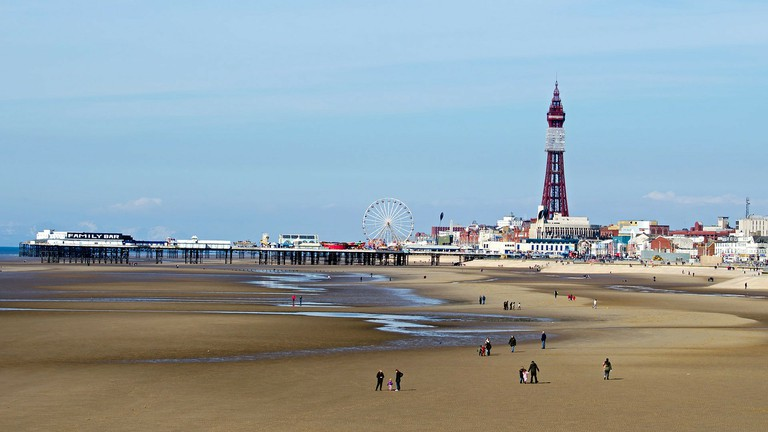 The 10 Best Bars By The Seaside In Blackpool Uk