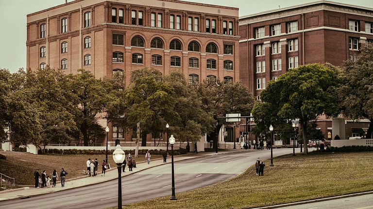 dealey plaza dallas map The History Of Dallas Dealey Plaza In 1 Minute dealey plaza dallas map