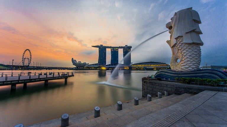The Roaring History of Singapore's Merlion