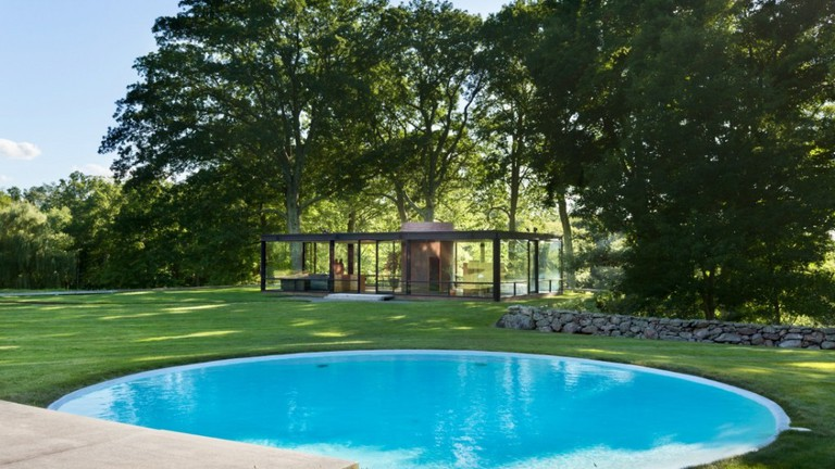Philip Johnson S Glass House Diary Of An Eccentric Architect