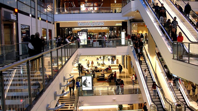 32f256c924 The Best Outlet Stores In Silicon Valley