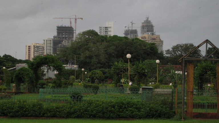 The History Of The Hanging Gardens Of Mumbai In 1 Minute