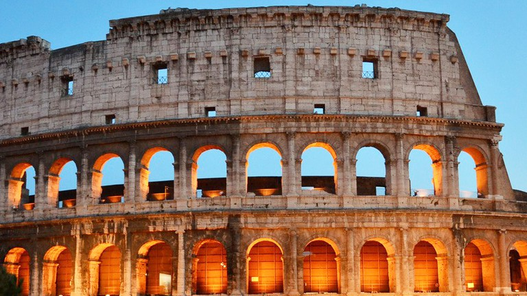 A History Of The Colosseum in One Minute