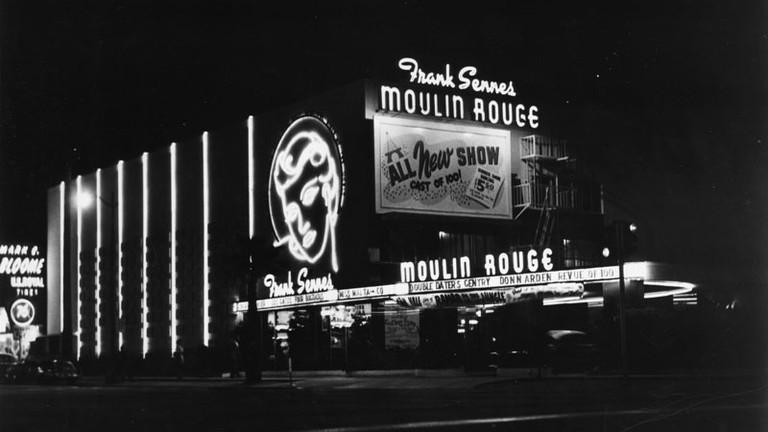 The Best Vintage Neon Signs In LA