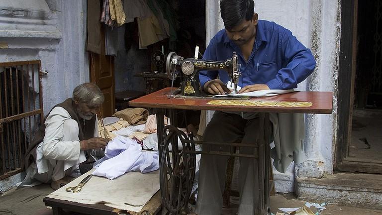 The Best Tailors In Mumbai For Bespoke Clothing