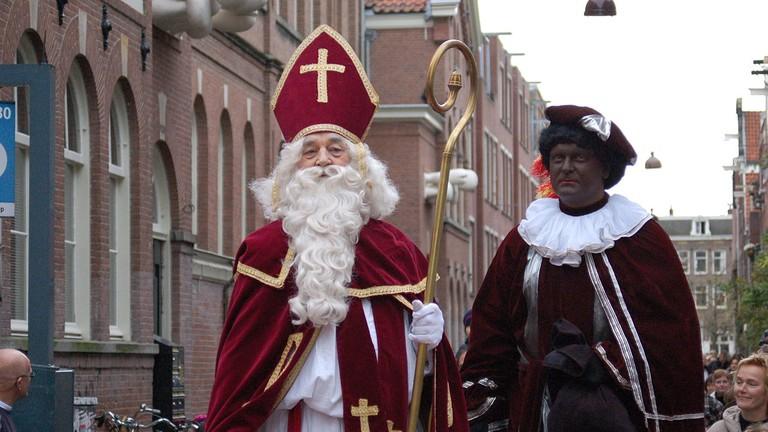 Sinterklaas and Zwarte Piet   © Michell Zappa/WikiCommons