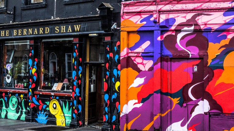 Street Art At The Bernard Shaw, Portobello | © William Murphy/Flickr