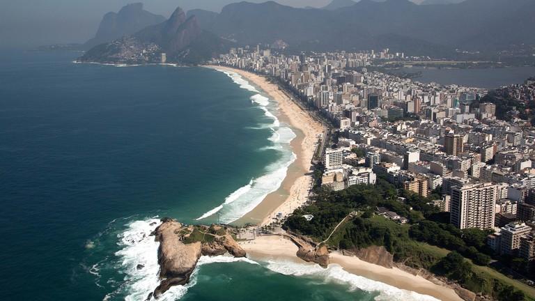 The coastline in Rio © Fernando Maia   Riotur/Flickr