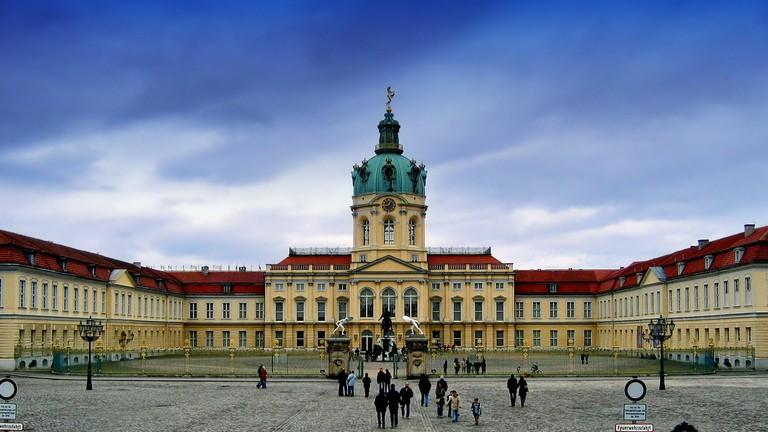 Afbeeldingsresultaat voor berlin Charlottenburg Palace and Park