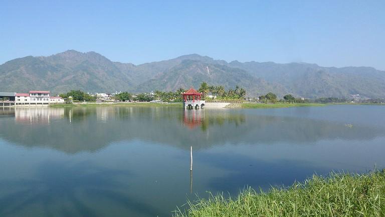 Meinong ZhingZheng Lake | © Greenchun / Wikimedia