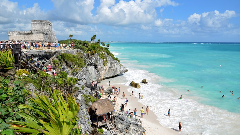 "Tulum's Mayan ruins are to die for <a href=""https://www.flickr.com/photos/ccordova/6510375183/in/album-72157604221853793/"">© Christian Córdova/Flickr</a>"