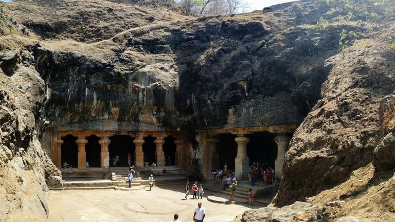 Elephanta caves, what to do in Maharashta