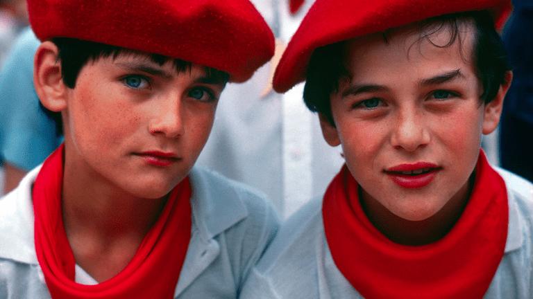 Basque boys   ©Blaine Harrington / Wikimedia Commons