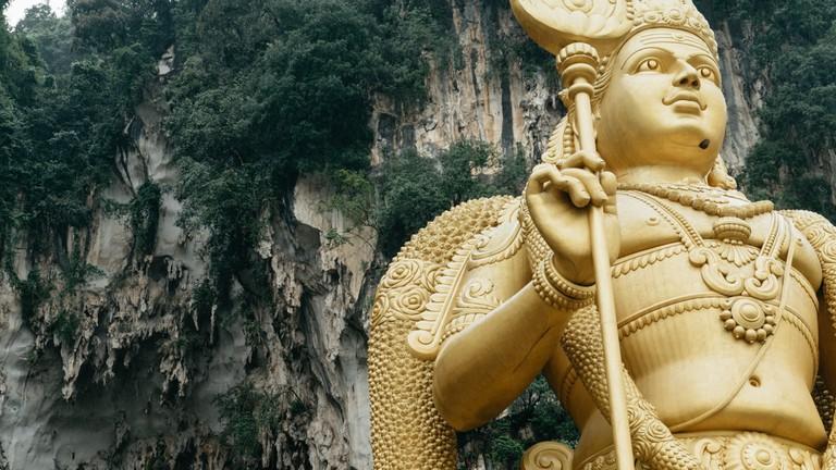 Golden Statue of the Batu Caves, Malaysia   Irene Navarro / © Culture Trip