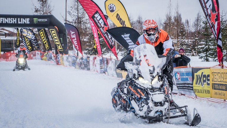 Iron Dog is Longest, Toughest Snowmobile Race in the World