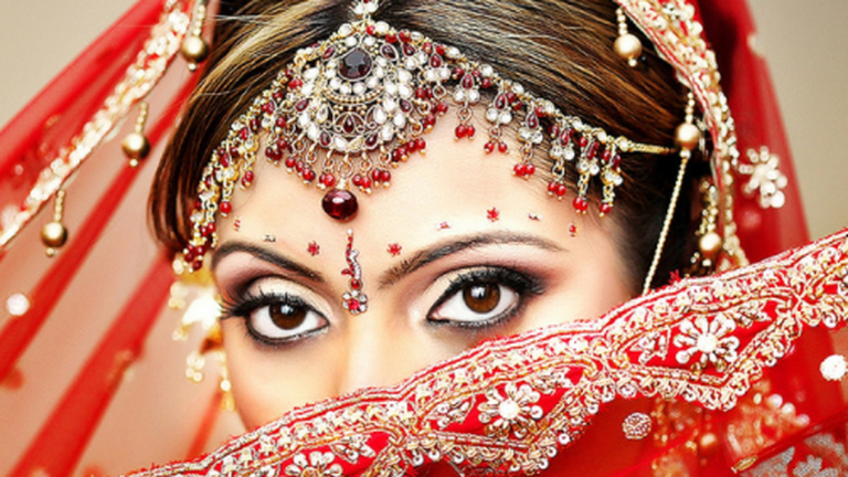 How To Modernize Traditional Indian Wedding Makeup