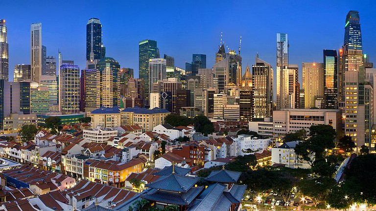 """<a href=""""https://commons.wikimedia.org/wiki/File:Singapore_Panorama_v2.jpg"""" target=""""_blank"""" rel=""""noopener noreferrer"""">Singapore 