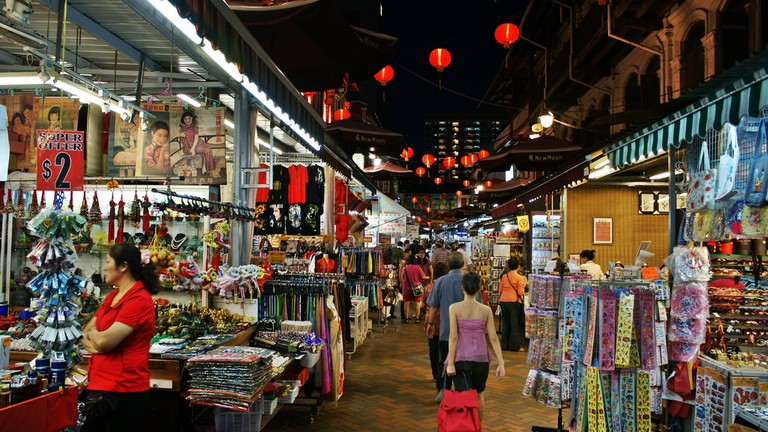The Best Places to Buy Souvenirs in Singapore