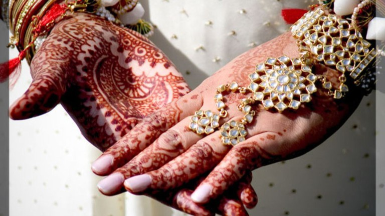Traditional Indian wedding © chrissylong / Flickr