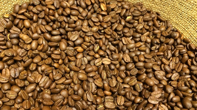 Colombian Coffee beans   © Andrea Poike/Flickr