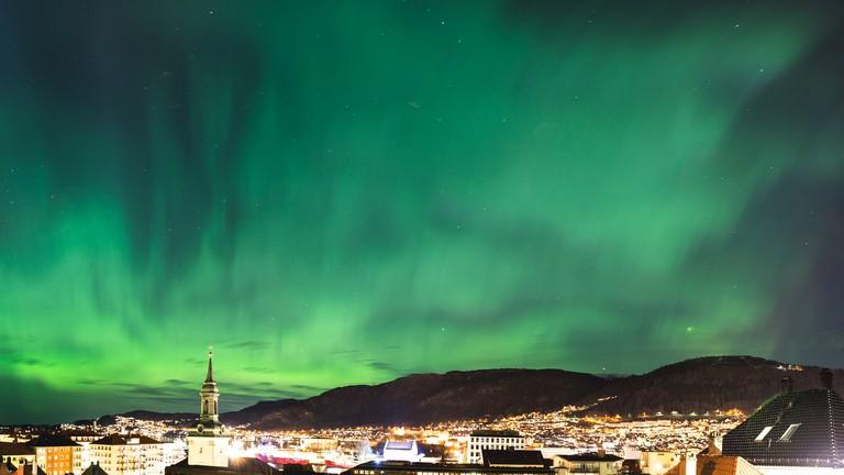 Northern lights over Bergen © Sindre Skrede / Flickr