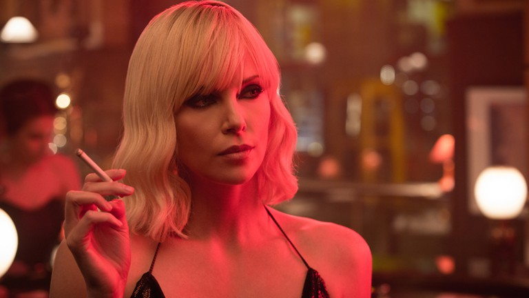 How To Get Charlize Theron S Look In Atomic Blonde